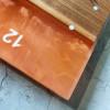 Настенные часы Orologios 05 с эпоксидной заливкой карамельного цвета