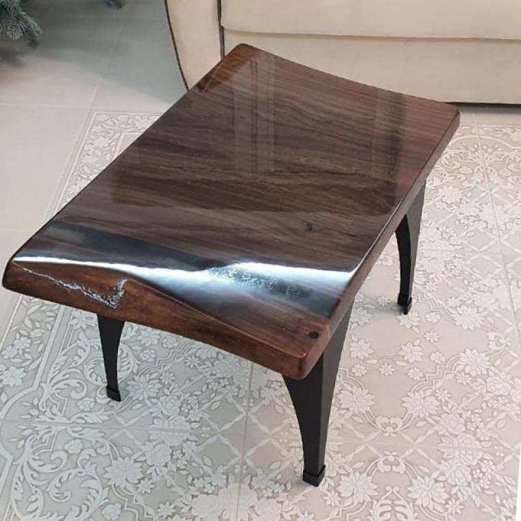 Журнальный стол Tochio из слэба карагача