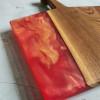 Разделочная доска Folky 01 из карагача c красной заливкой