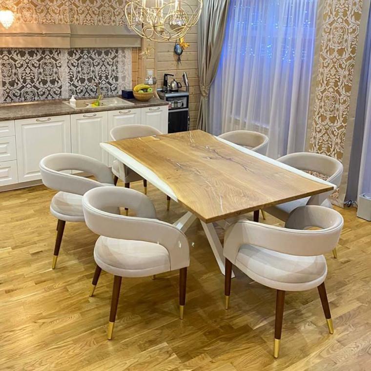 Обеденный стол Villagos из двух слэбов дуба