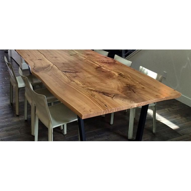 Обеденный стол из массива Famills