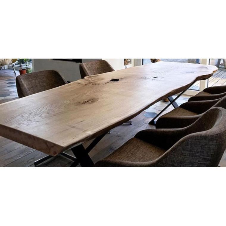 Обеденный стол из слэба Trofeny
