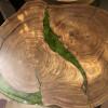 Журнальный стол Forresty из слэбов карагача со стабилизированным мхом