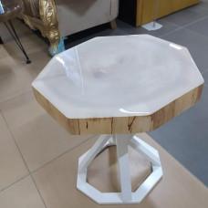 Журнальный столик Ochtago с глухой заливкой